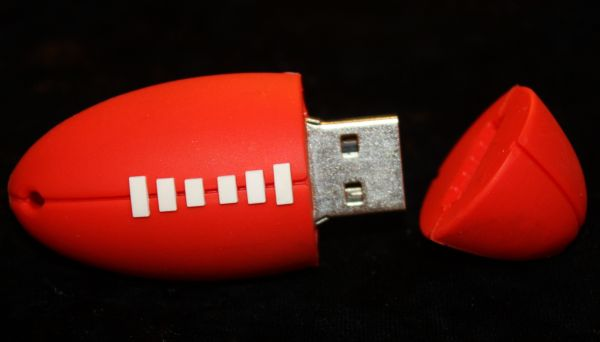4GB Football USB
