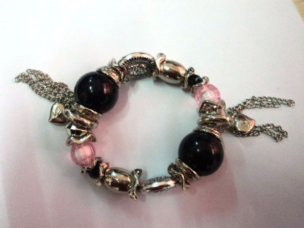 Black, Red and Silver Bead Bracelet