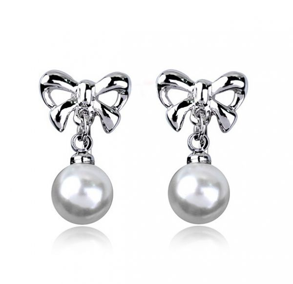 Pearls set in 18k White Gold-Plated Clip On Earrings