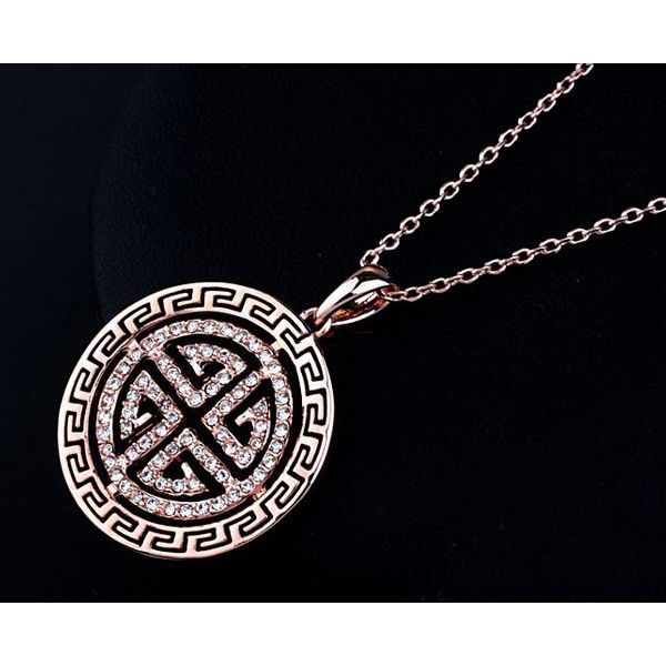 Round Retro Style 18k Rose Gold and Austrian Crystal Pendant Necklace