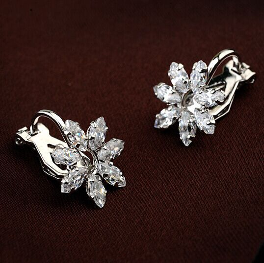 White Austrian Crystal 18k White Gold-Plated Snowflake Clip-On Earrings