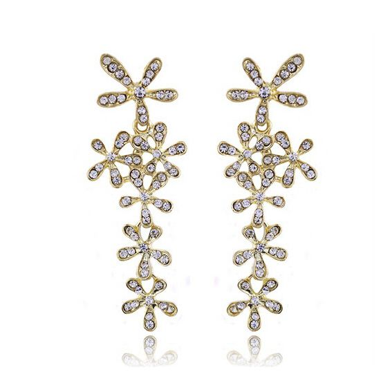 White Crystal Flowers European Vintage Style Pierced Earrings