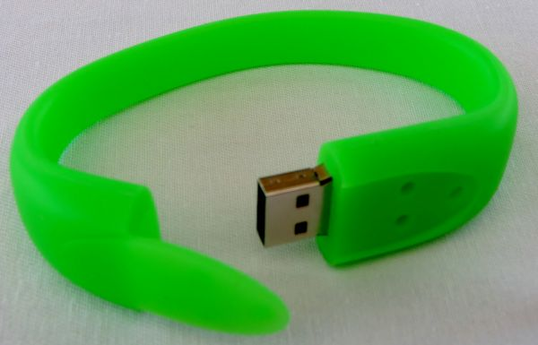 4GB Wrisband Bracelets (Various Colours)