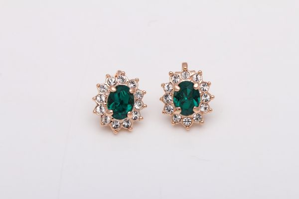 Emerald Green Austrian Crystals in 18k Gold-Plated Clip On Earrings